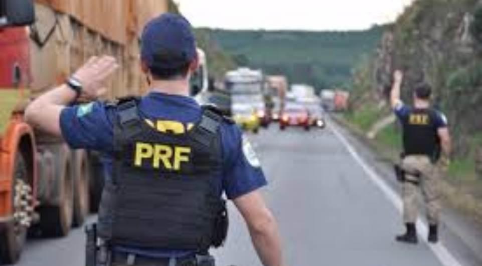 lg 95d151db dd2b 4bf0 b4be de23d5a18a10 - Associação de policiais federais divulga nota em apoio a caminhoneiros