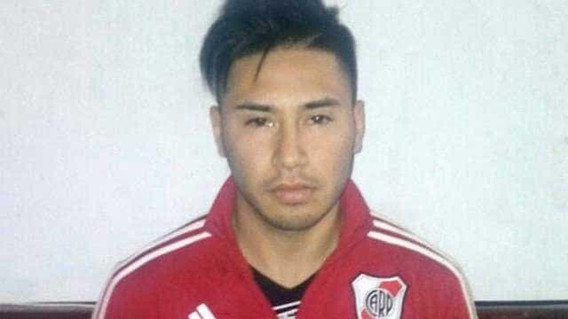 naom 5af486b32e07f - Jogador argentino é preso acusado de estuprar e matar enteado de 5 anos