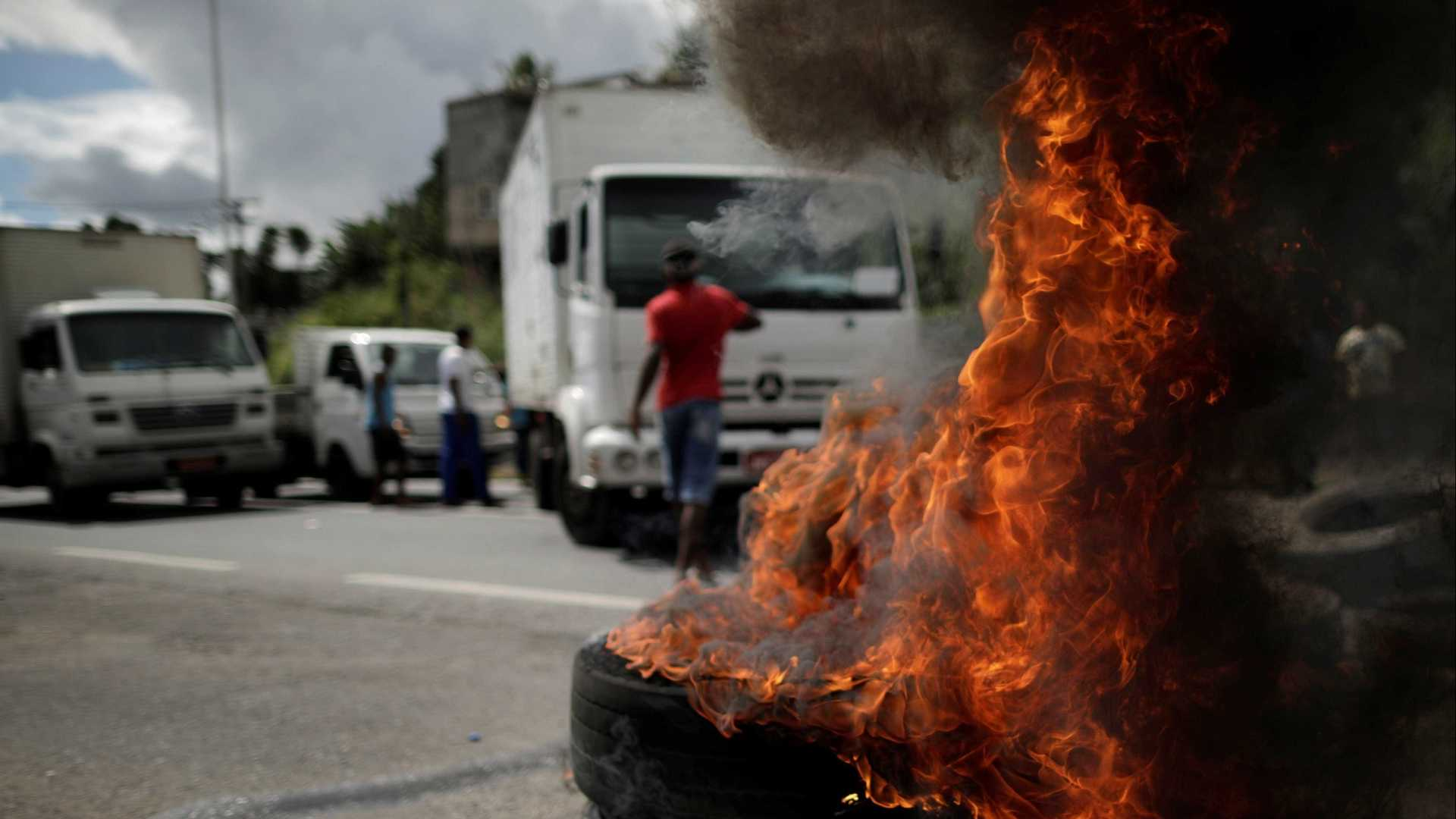 naom 5b086214647ce - Líder dos caminhoneiros desafia governo: 'Vai correr sangue'