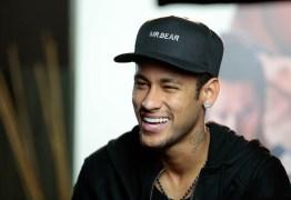Neymar diz que ausência de Messi é boa para a seleção brasileira, mas descarta favoritismo
