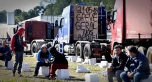 nova politica 300x162 - CRISE DOS COMBUSTÍVEIS: QUAL EXPECTATIVA DEVEMOS EXIGIR PARA O BRASIL? - Por Rômulo Oliveira