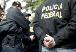 Polícia Federal vasculha apartamento de governador tucano
