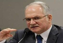 Fachin libera visita de comissão de dez deputados a Lula