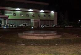 DO TRAUMA PARA A DELEGACIA: Bate boca entre médico e enfermeira termina em caso de polícia