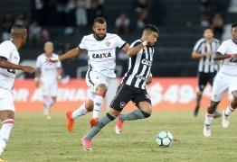 Botafogo joga mal e fica apenas no empate com o Vitória