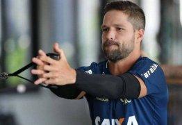 Diego fica fora do Flamengo em semana antes de convocação, mas mantém confiança