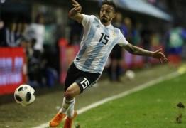 Lanzini rompe ligamento do joelho direito e deve ser cortado da seleção Argentina