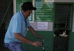 População de João Pessoa ainda sofre com escassez de gás de cozinha