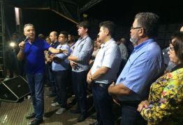 Aguinaldo Ribeiro destaca ação da prefeitura durante entrega de nova UBSF em Aroeiras