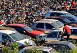 Ladrões furtam combustível de carros apreendidos no Detran