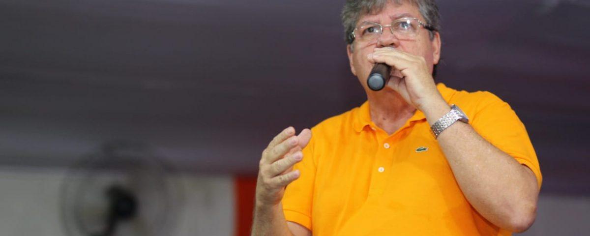 João Azevedo DEM 1200x480 - 'Em cada canto da Paraíba, percebemos a presença do governo', diz João Azevêdo durante encontro em Sapé