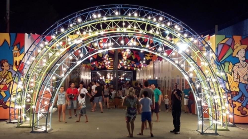 SÃO JOÃO PATOS - SÃO JOÃO EM PATOS: Vila São João é aberta ao público neste sábado