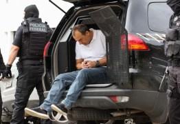 Com artrose no joelho, Cabral pede para não andar mais na caçamba de carros da PF