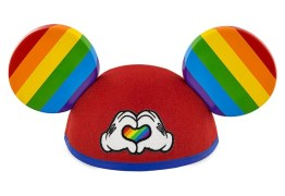Disney lança primeira coleção LGBT
