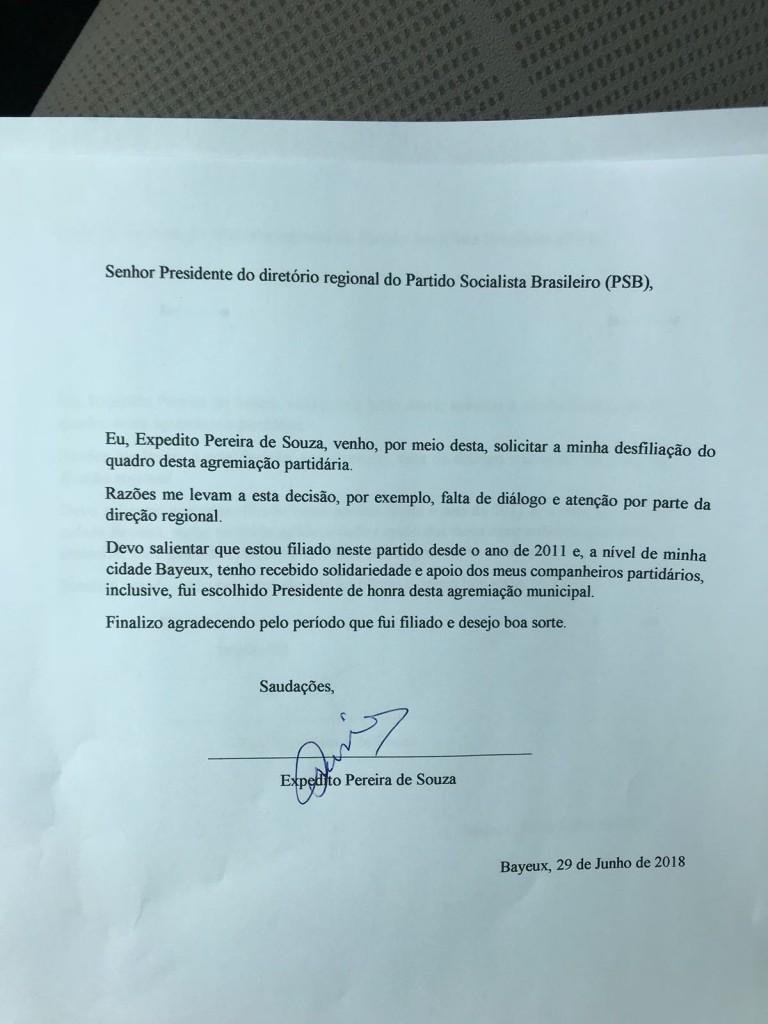 WhatsApp Image 2018 06 29 at 3.07.46 PM - URGENTE: ex-prefeito Expedido Pereira entrega carta de desfiliação ao PSB - LEIA