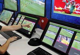 Entenda o que é o VAR, sistema que orienta árbitros por vídeo