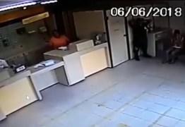 VEJA VÍDEO: homens rendem vigilante e roubam agência dos Correios no Brejo paraibano