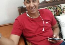 TRAGÉDIA: Jovem morre após sofrer descarga elétrica em celular ligado na tomada