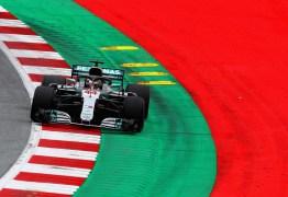 Com Hamilton à frente, Mercedes faz dobradinha no primeiro treino na Áustria