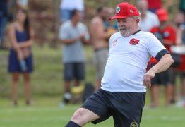 DIRETO DE CURITIBA: 'Treino é treino, jogo é jogo', diz Lula em estreia como comentarista
