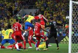 De cabeça, Thiago Silva amplia para o Brasil e faz 2 a 0