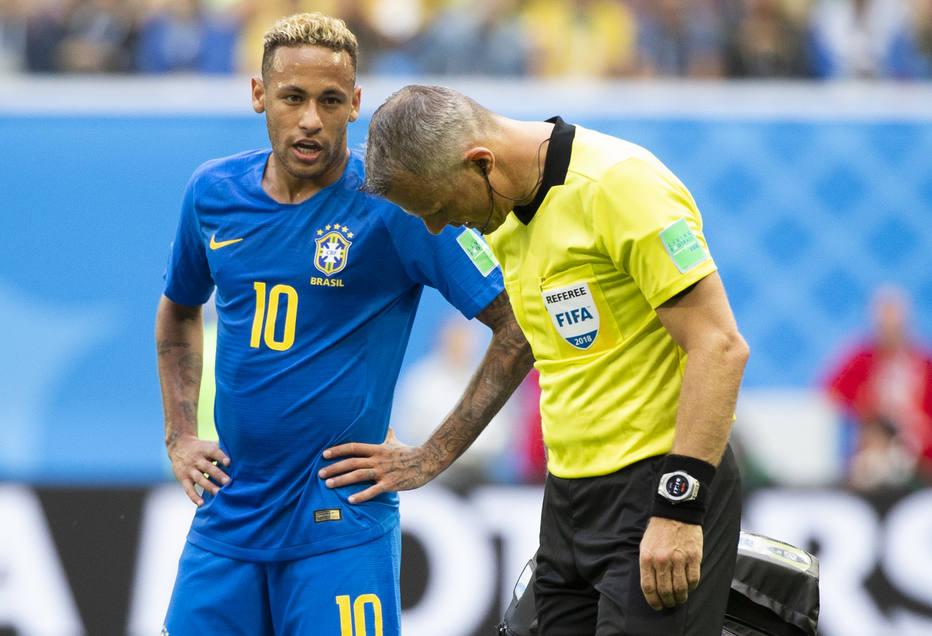neymar copa 2018 - MIMADO: Imprensa britânica critica postura de Neymar em campo