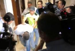 DURANTE MISSA DE 7º DIA: filho de gerente de posto de gasolina é preso acusado de planejar morte do pai; VEJA VÍDEO