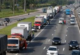 Após decisão de Fux, caminhoneiros tentam adiantar paralisação para 10 de janeiro