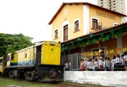 Locomotiva do Forró faz viagem para alunos da rede pública