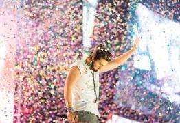 Luan Santana faz show em João Pessoa em turnê comemorativa dos 10 anos de carreira