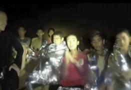 CAVERNA NA TAILÂNDIA: Mineiros chilenos e Elon Musk tentam ajudar 12 meninos