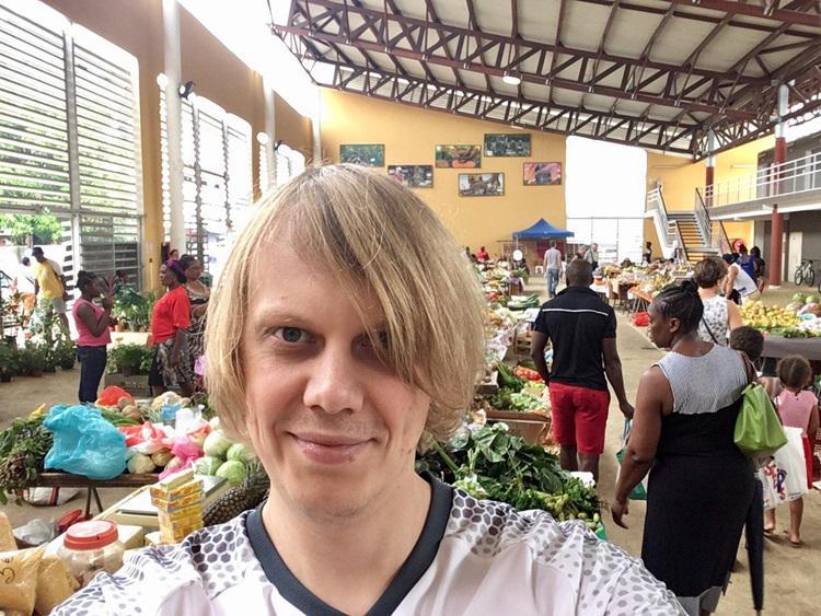 20180703200314105054u - CONHEÇA YURY TORSKY: Torcedor misterioso que virou meme no Brasil é jovem russo