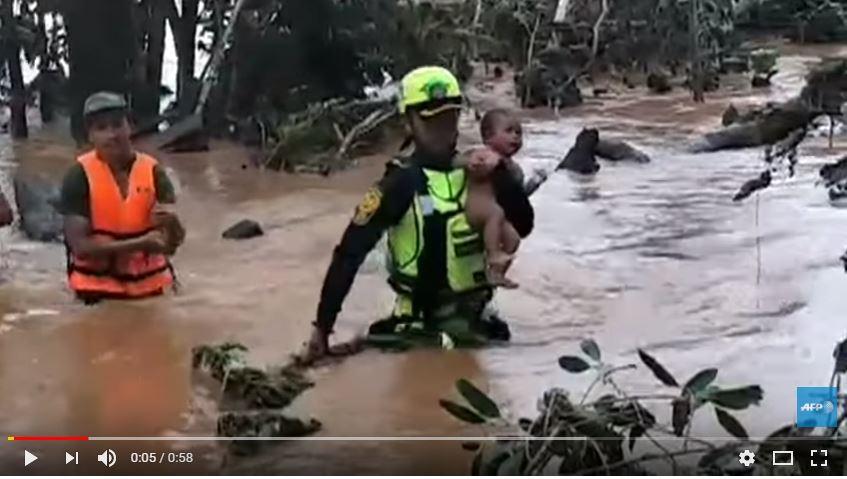 BEBE - VEJA VÍDEO: Bebê sobrevive quatro dias sem comer em cima de árvore após rompimento de represa