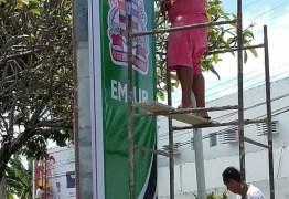 Nova Política?: Cartaxo começa pintar prédios públicos de verde, cor do seu partido