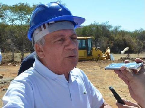 Capturar 68 - Prefeito José Aldemir garante que obra de recapeamento asfáltico retoma na próxima Semana em Cajazeiras