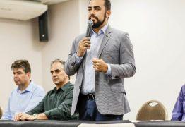 Lucélio firma aliança com PHS e forma frente de apoio que já tem oito partidos