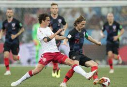 Croácia vence Dinamarca nos pênaltis e encara a Rússia nas quartas