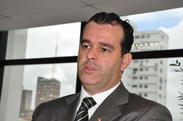 Oswaldo Trigueiro do Vale - Desembargador mantém pesquisa encomendada pela pela TV Correio/RecordTV