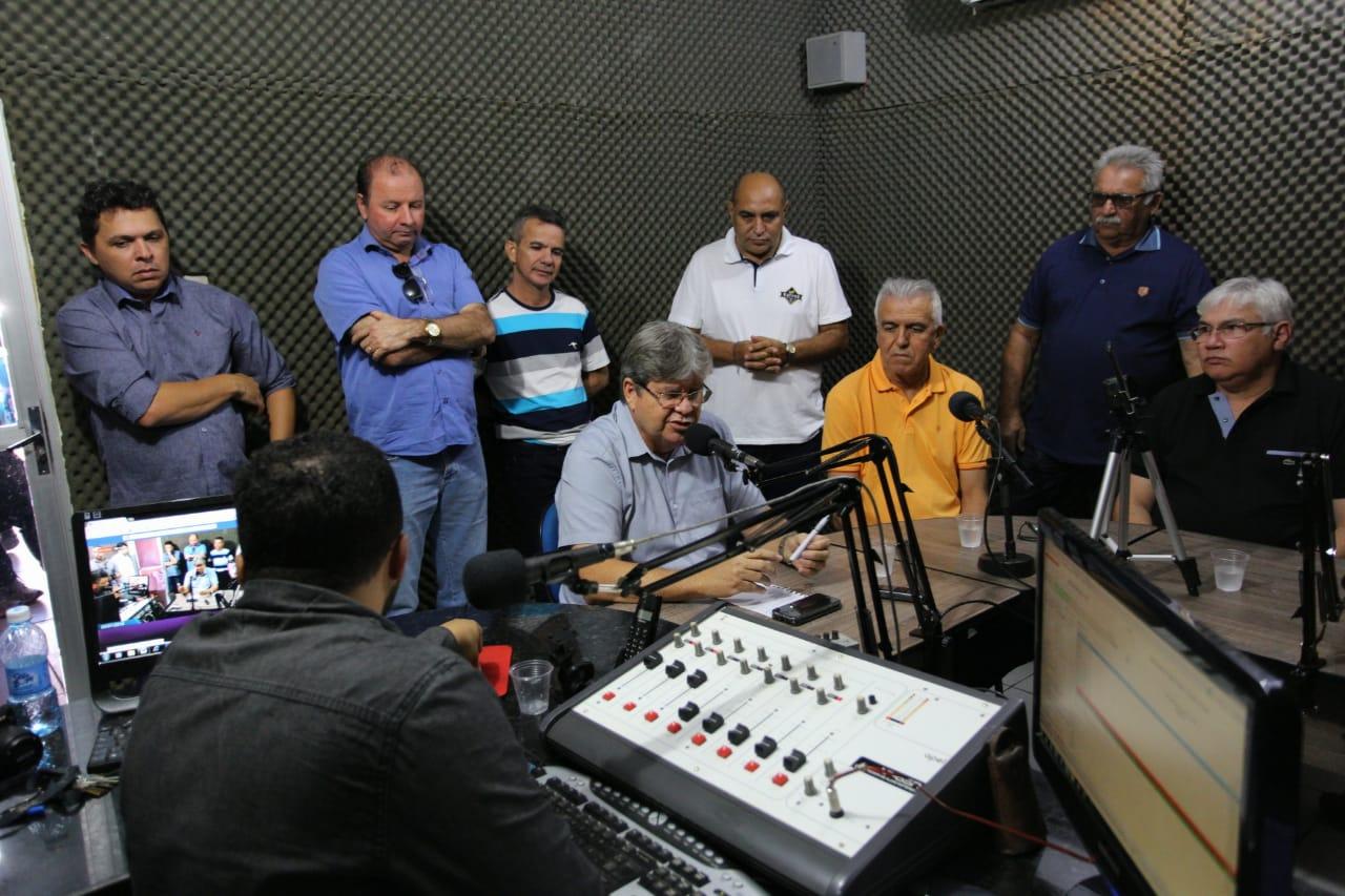 WhatsApp Image 2018 07 04 at 20.56.28 1 - Lideranças do Curimataú se reúnem para fortalecer pré-campanha de João Azevêdo