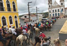 João Azevêdo prestigia tradicional cavalgada de Santana, em Bananeiras