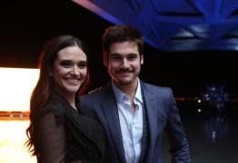 Festa de lançamento de 'O Tempo Não Para' reúne elenco, direção e autor