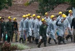 Mergulhadores iniciam 3º dia de resgate na caverna da Tailândia