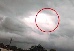 Imagem de Jesus caminhando no céu choca moradores e viraliza nas redes: VEJA VÍDEO