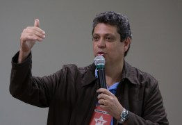 PT tem nova conversa com Manuela D'Ávila e quer negociar com PROS e PSB