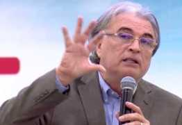 Pastor Estevam Fernandes repreende Jhonny Hooker: 'Está projetando através da voz o próprio inconsciente moral'