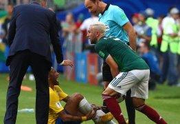 Alvo por pisão em Neymar, Layún diz que não discutirá com brasileiros e cita VAR