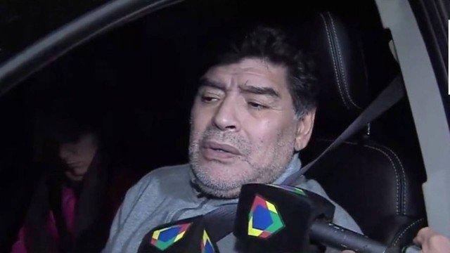 xmaradona.jpg.pagespeed.ic .5zI 54iw3R - Maradona é flagrado dirigindo com sintomas de embriaguez na Argentina - VEJA VÍDEO