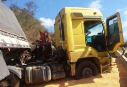 VEJA VÍDEO: Caminhoneiro flagra momento impressionante de acidente com morte na Serra de Luz