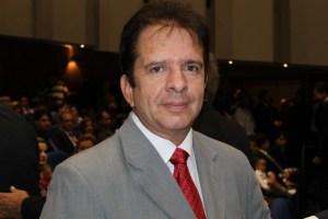 Nabor foto 1 300x200 - Nabor faz apelo para que o TJPB não desinstale as comarcas na Paraíba