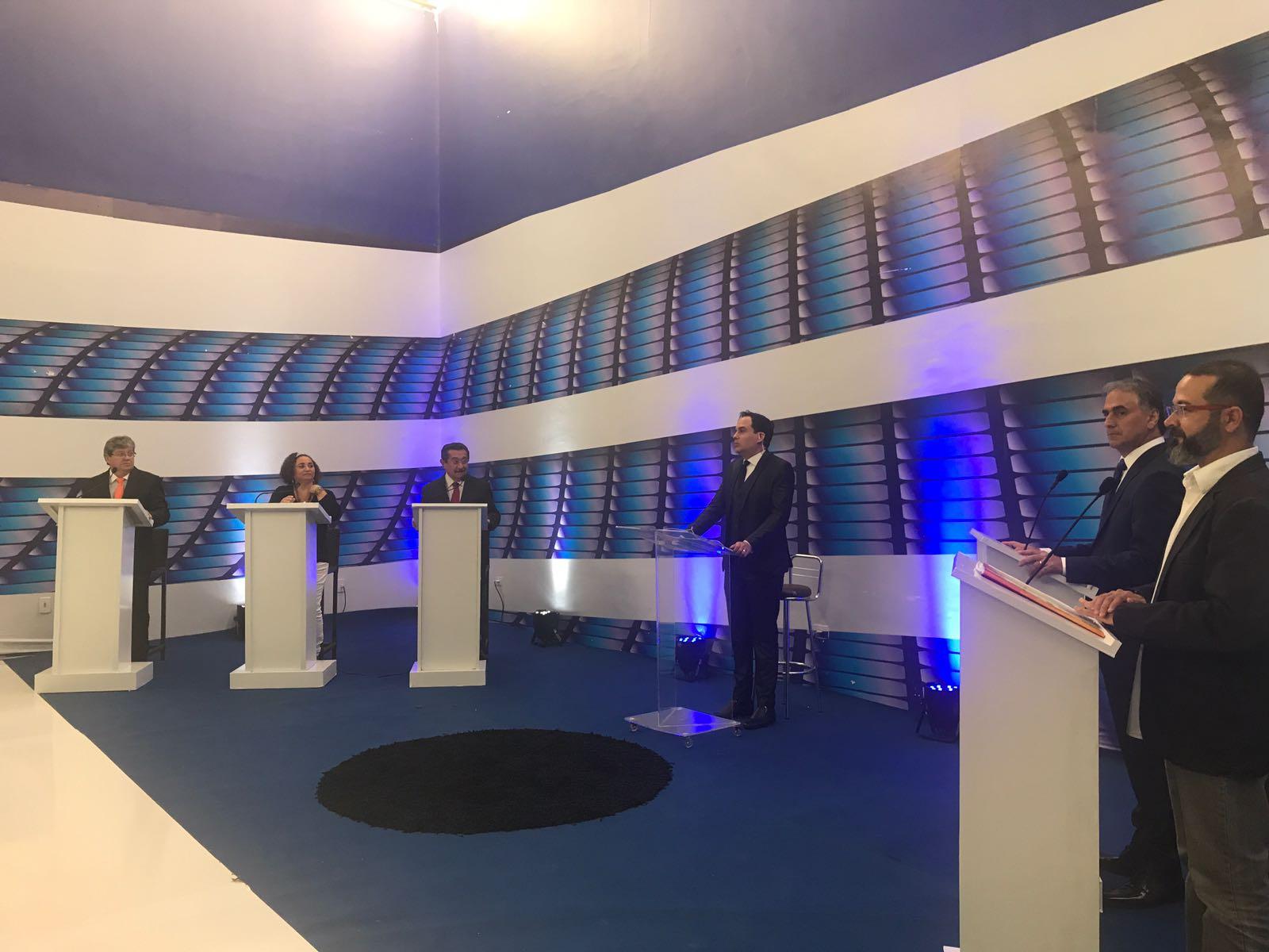 WhatsApp Image 2018 08 20 at 21.30.48 1 - DEBATE MASTER: 2º bloco teve pergunta de internautas e críticas a gestão pactuada na saúde pública